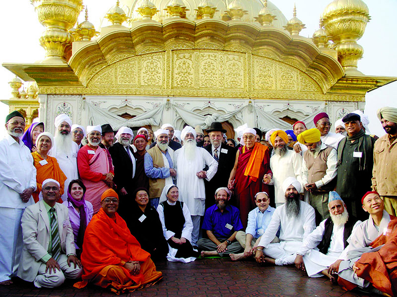 His Holiness the Dalai Lama with world religious leaders during a visit to Golden Temple, Amritsar, Punjab, November 2007