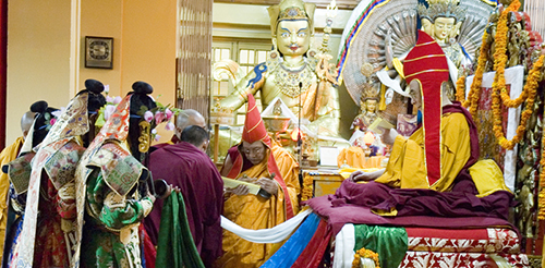 Kyabje Trulshig Rinpoche presenting a long-life prayer offering to His Holiness the Dalai Lama, Dharamshala, 16 July 2007