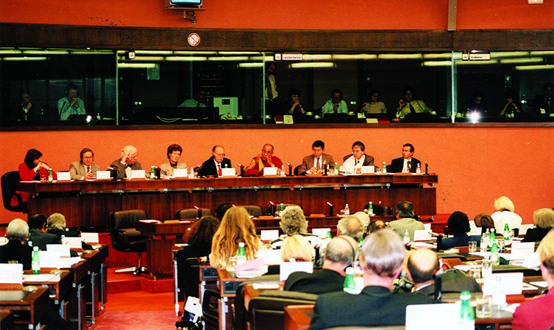 His Holiness the Dalai Lama addressing the European Parliament in Strasbourg, on the Five-Point Peace Plan, 15 June 1988