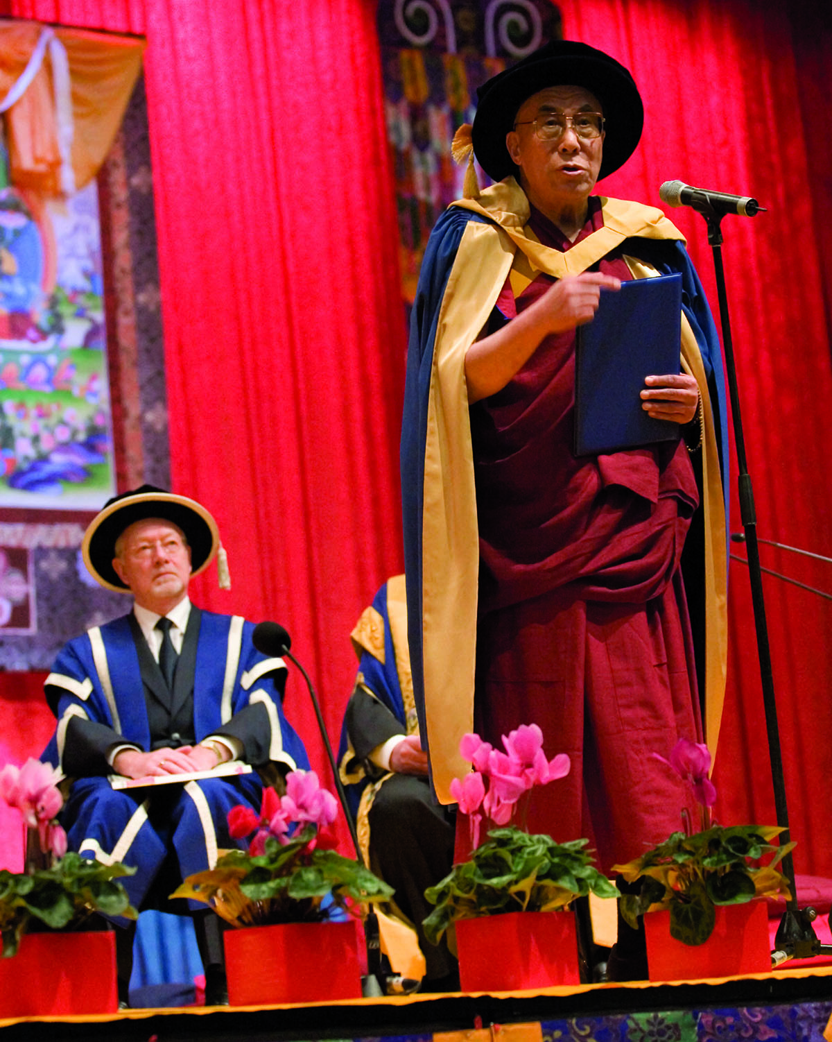 His Holiness the Dalai Lama delivering his acceptance speech at the Southern Cross University on receiving a Doctor Honoris Causa, Melbourne, Australia, 8 June 2007