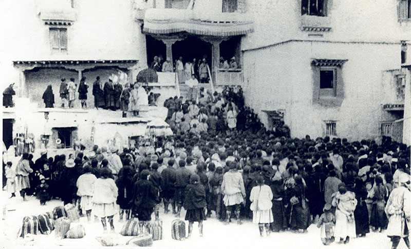 The interim government of Tibet being proclaimed by His Holiness the Dalai Lama at Lhuntse Dzong, Tibet, 1959