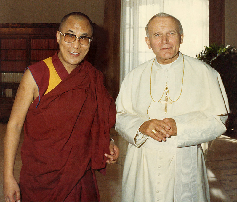 His Holiness the Dalai Lama with Pope John Paul II in Vatican City, 1 June, 1990