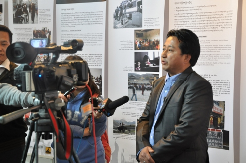 Mr Tashi Phuntsok, Director of Tibet museum speaking to media persons at the inauguration of the new exhibition.