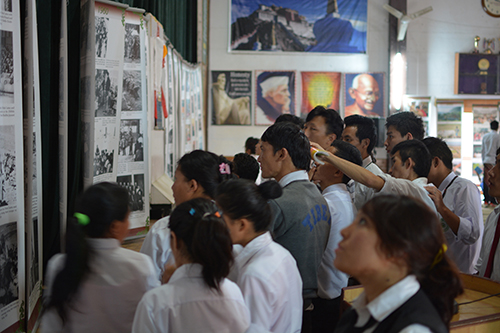 Students throng Tibet Museum's exhibition at TCV Selakui