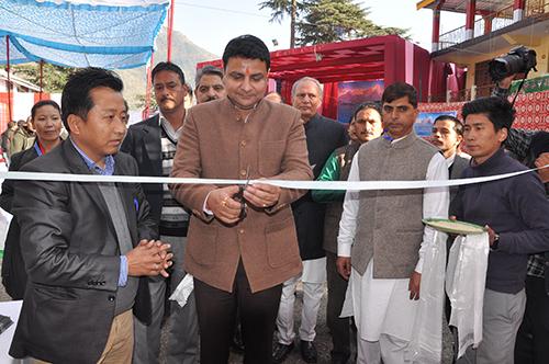 Mr. Sudhir Sharma, Minister of Urban Development and Tourism, Himachal Pradesh inaugurating the Tibet Museum photo exhibition