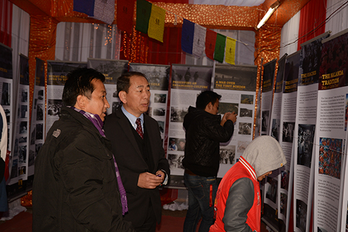 Kasur Lobsang Nyandak, Executive Director of the Tibet Fund at the exhibition