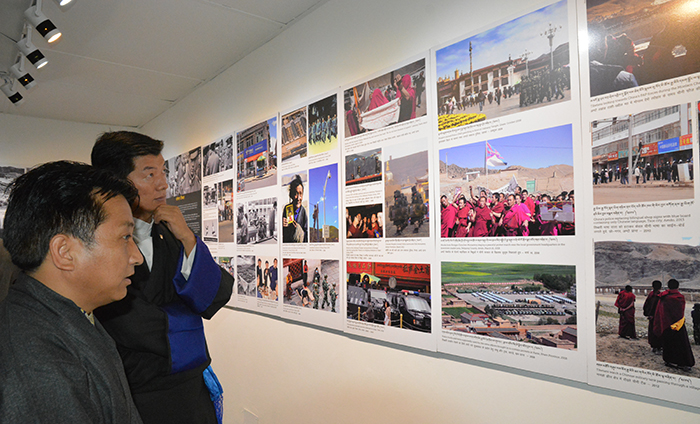 Sikyong Dr. Lobsang Sangay  taking a look at Tibet Today exhibition section