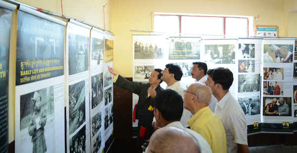 Mr. Tashi Phuntsok, Director of Tibet Museum, explaining the exhibits to Chief Guest Shri. Gobind Singh Thakur.