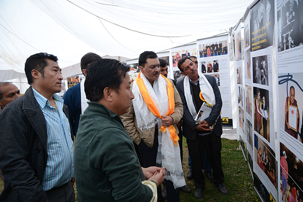 Captain J.M. Pathania, Director of the Urban Development, Government of Himachal Pradesh and other local Indian dignitaries at the Tibet Museum's exhibition