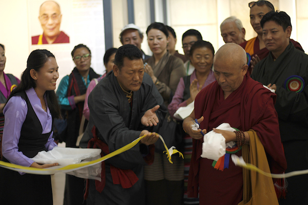 Deputy Speaker Achraya Yeshi Phuntsok inaugurating the exhibition by Tibet Museum. Photo/Tenzin Jigme/DIIR.