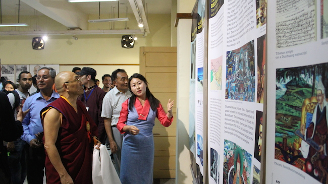 Staff of Tibet Museum introducing the exhibits to Chief Guest, Geshe Ngawang Samten, Vice-Chancellor of Central University for Tibetan Studies. Photo/Tashi Dhondup/BHU.